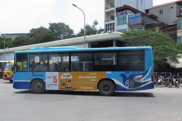 bảo hiểm bsh quảng cáo trên xe buýt