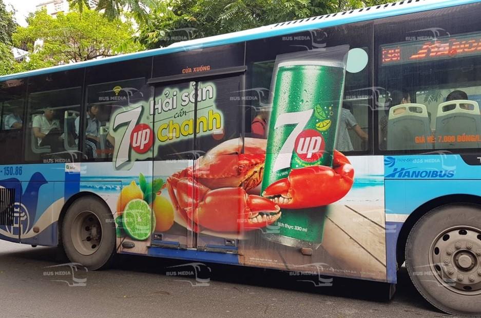 quảng cáo tràn kính xe bus