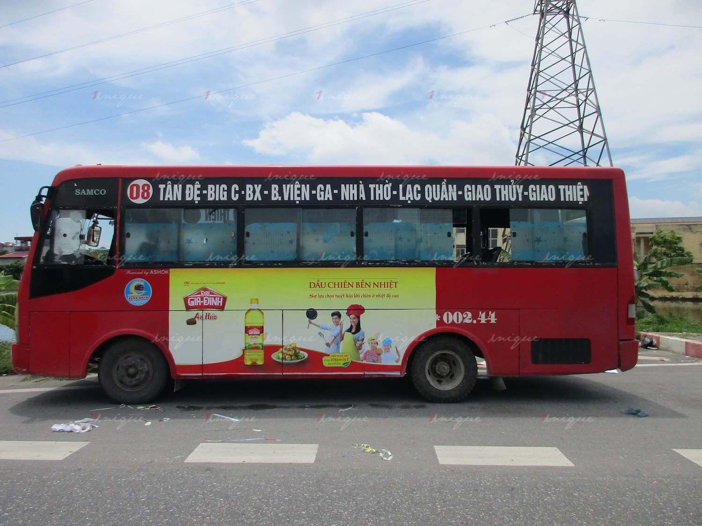 Quảng cáo trên xe buýt tại Nam Định