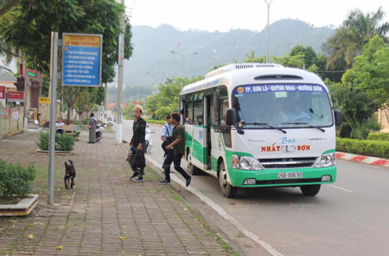 Quảng cáo trên xe buýt tại Sơn La