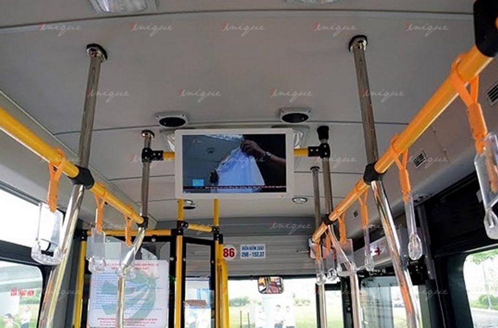 quảng cáo màn hình Lcd trên xe buýt