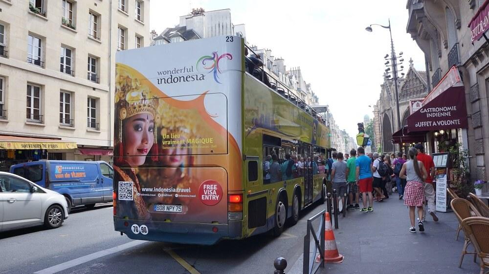 """chiến dịch quảng cáo xe bus """"Indonesia kỳ diệu"""""""