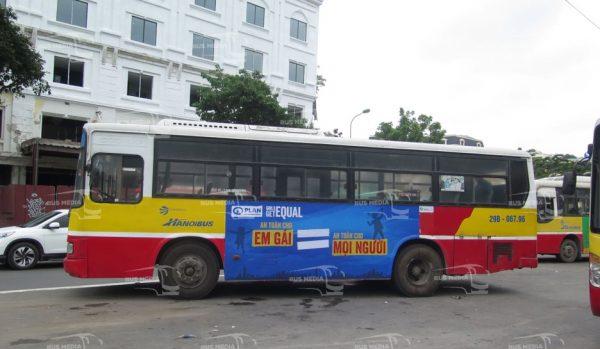 quảng cáo xe buýt plan
