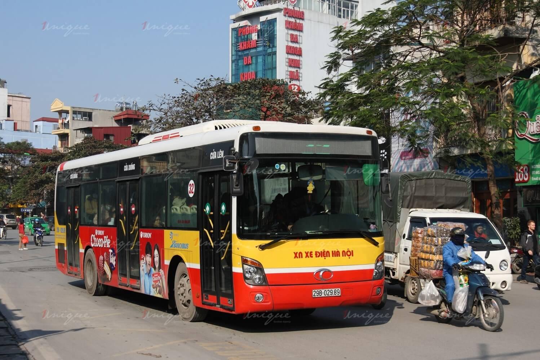 quảng cáo xe buýt cho dịp Tết