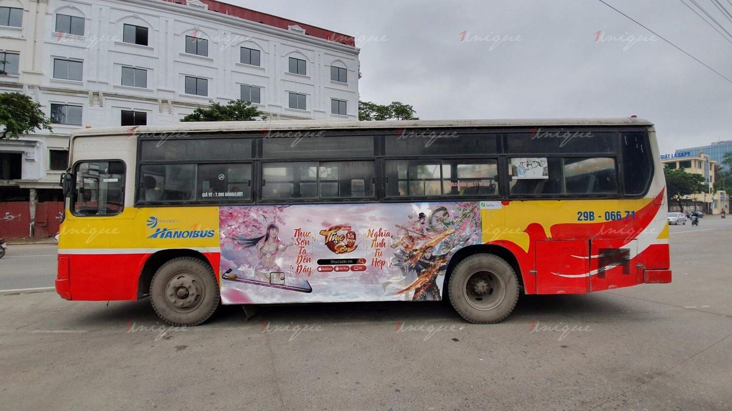 đấu giá quảng cáo trên xe buýt