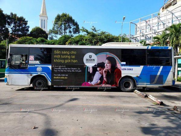 Chiến dịch quảng cáo trên xe buýt của Đại học Deakin