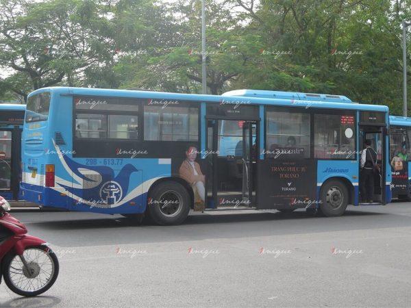 Chiến dịch quảng cáo trên xe bus của thời trang Torano